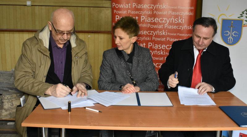 Jest porozumienie w sprawie renowacji Dworu Ryxów